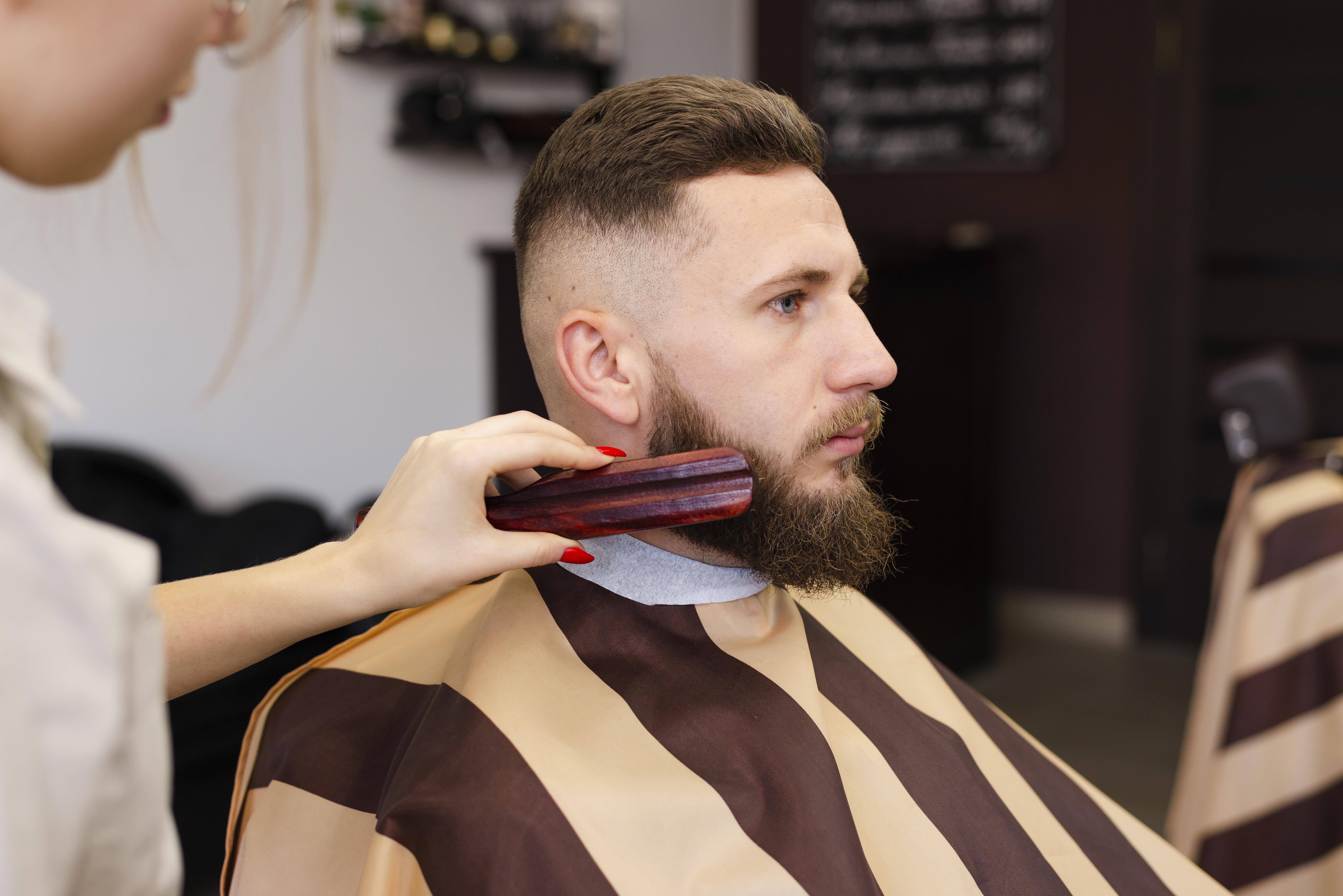Защо и как да използваме четката за брада?